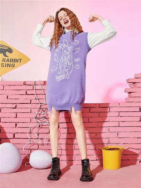 对白女装品牌2020秋冬紫色无袖马甲