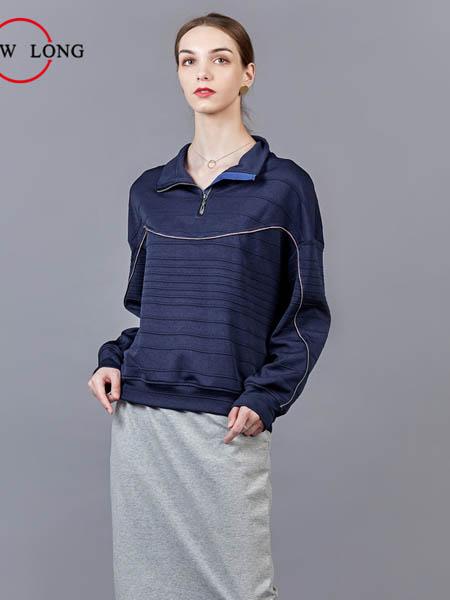 showlong、舒朗、美之藤、高歌女装品牌2020秋冬中性黑色立领衬衫
