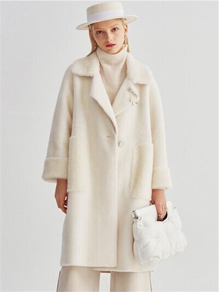 芭蒂娜 - BADINA女装品牌彩38平台2020秋冬白色加绒毛呢大衣