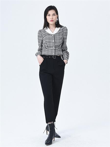 依妙女装品牌2020秋冬黑白格子衬衫