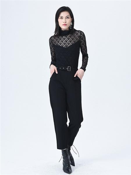 依妙女装品牌2020秋冬格子印花黑色上衣