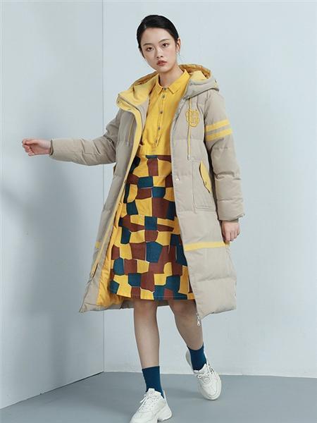 BUKHARA布卡拉女装品牌2020秋冬街头双面带帽风衣