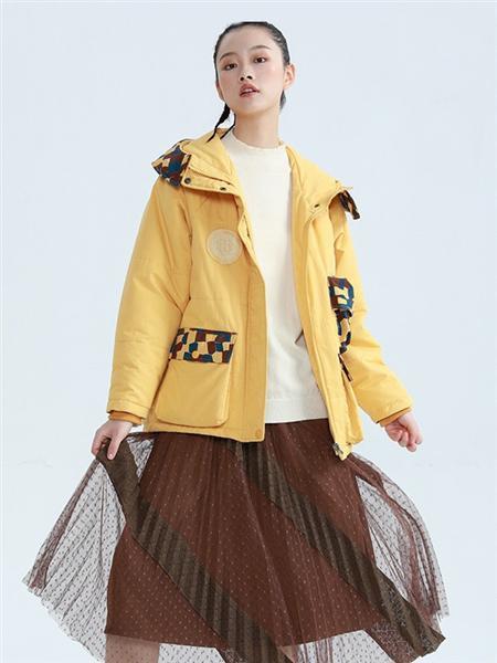 BUKHARA布卡拉女装品牌2020秋冬黄色街头外套