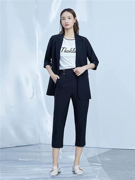 宛若妃女装品牌2020秋冬时尚蓝色中袖外套
