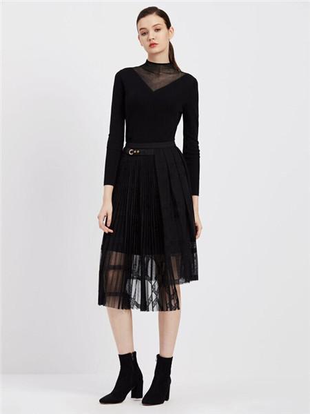 臣枫女装品牌2020秋冬黑色圆领束腰连衣裙
