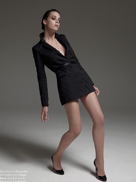 malo国际品牌2020秋季V领束腰黑色连衣裙