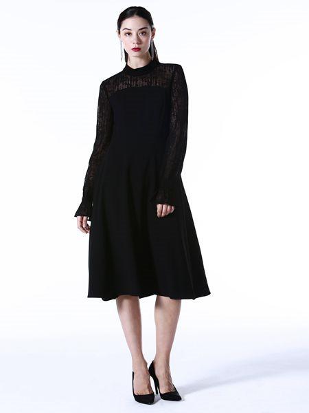 Vesper Lynd女装品牌2020秋冬街头黑色连衣裙