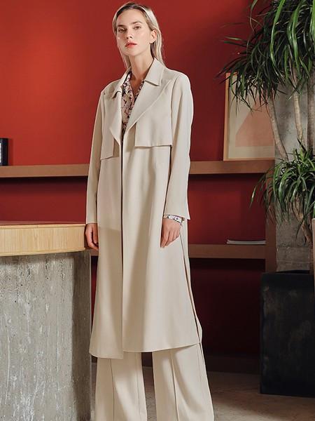 JAC女装品牌2020秋冬卡其色复古长款外套
