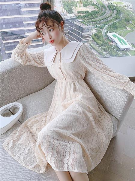 歌贝姿女装品牌2020秋季印花立领米色连衣裙
