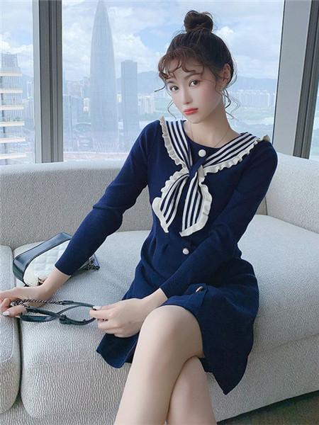 歌贝姿女装品牌2020秋季个性蓝色连衣裙