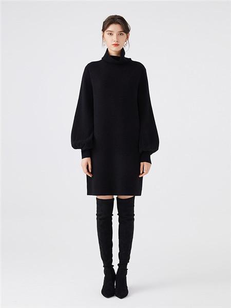 微琪思女装品牌2020秋季黑色高领连衣裙