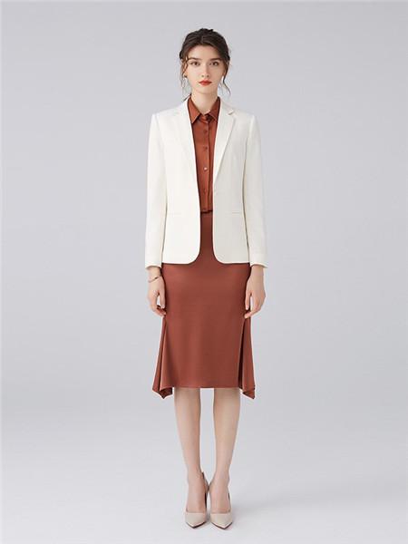 微琪思女装品牌2020秋季白色商务外套