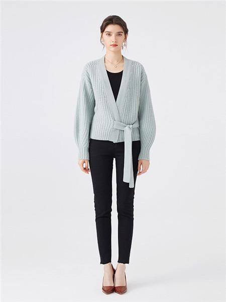 微琪思女装品牌2020秋季针织纯色条纹毛衣