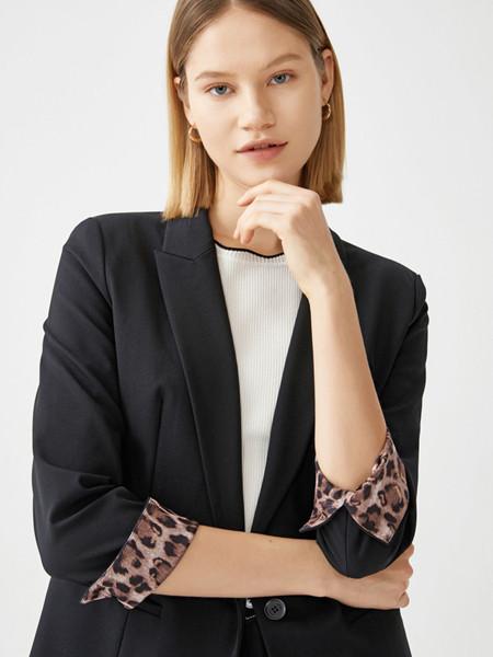 玖姿女装品牌2020秋季潮流黑色豹纹双面外套