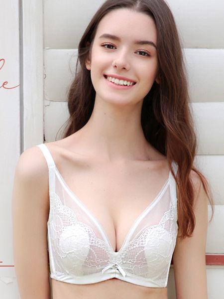 吉芝奴内衣品牌2020秋季白色半透少女内衣