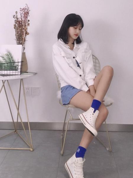 18Fans女装品牌2020秋冬白色淑女立领外套
