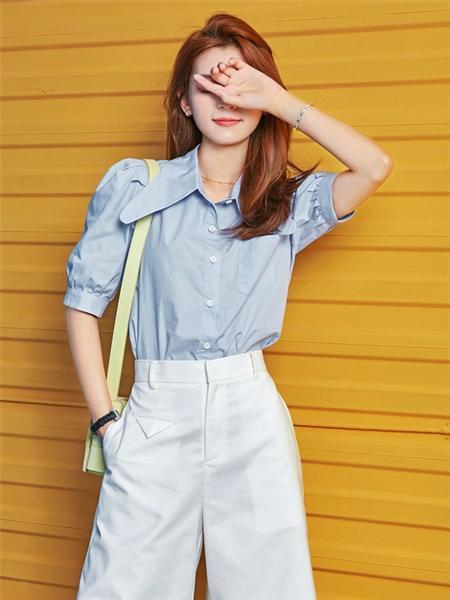 艾森美斯女装品牌2020春夏街头蓝色立领衬衫
