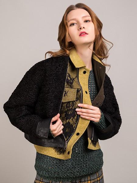 卡榭女装品牌2020秋季黑色印花外套