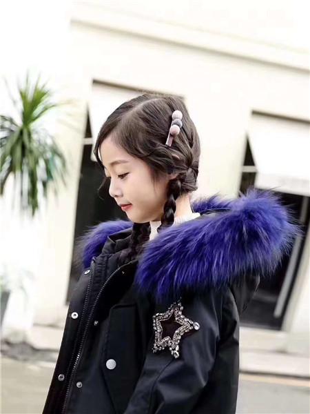 宾果童话童装品牌2020秋冬韩版黑色羽绒服