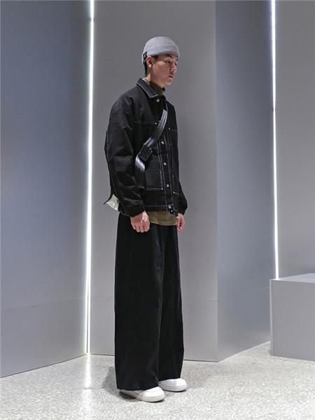 M4M男装男装品牌2020秋季牛仔立领黑色风衣