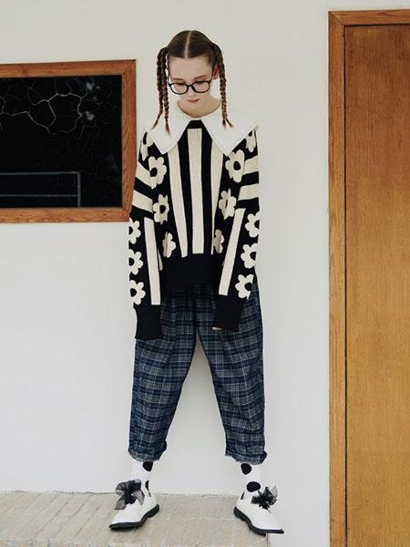 嘿尔闹女装品牌2020秋冬毛衣