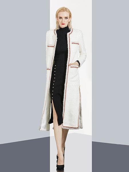 aui女装品牌2020秋冬白色外套