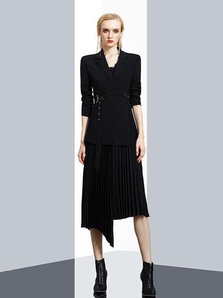 aui女装品牌2020秋冬黑色连衣裙
