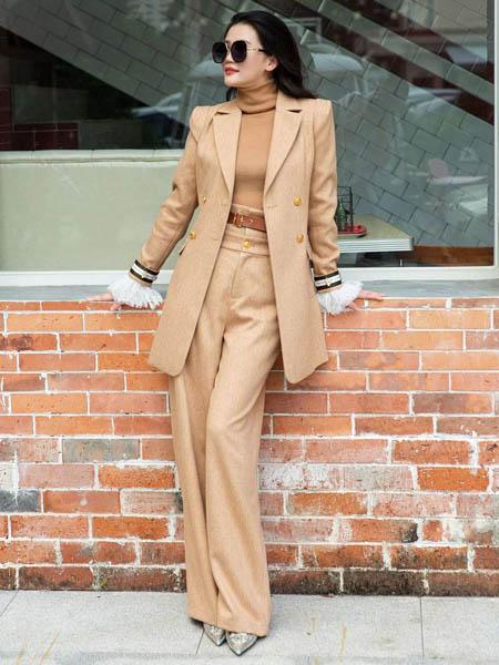 林静茜女装品牌2020秋冬复古长款外套