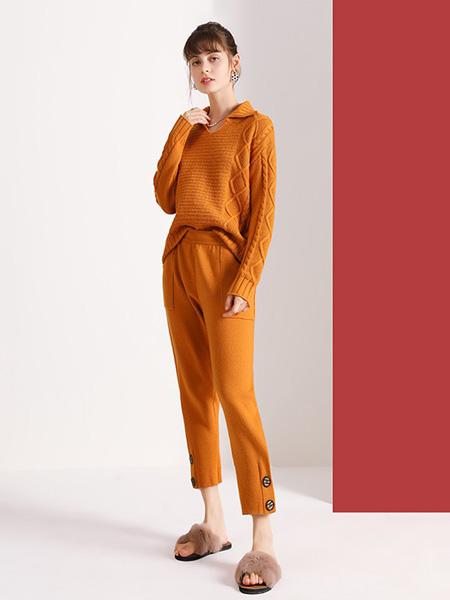 佐幕妮女装品牌2020秋冬橙色毛衣