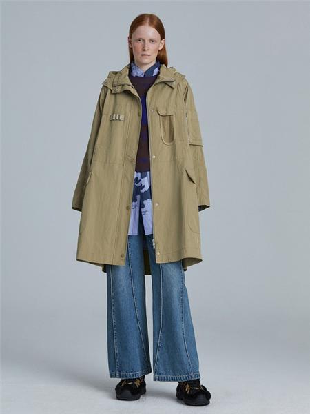 江南布衣女装品牌彩38平台2020秋季卡其色保暖外套