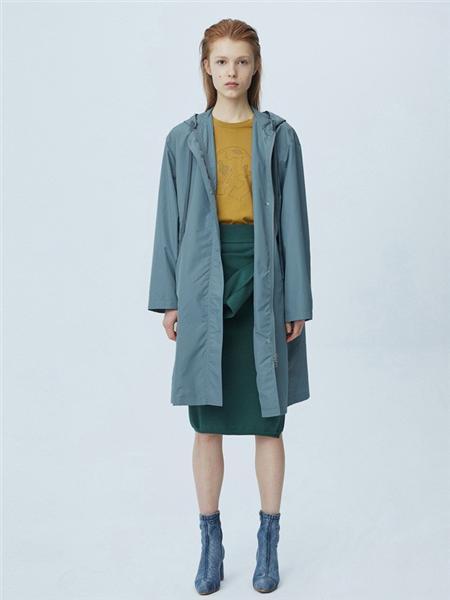 江南布衣女装品牌彩38平台2020秋季蓝色潮流长袖外套
