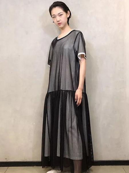 limifeu国际品牌2020秋季黑色时尚半透连衣裙