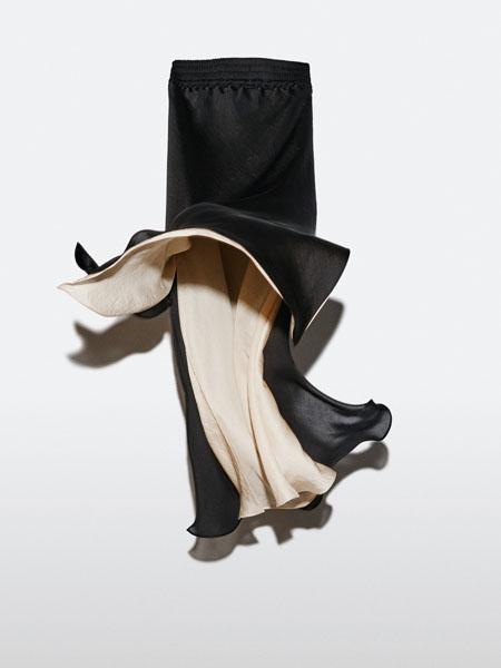 jcobando国际品牌2020秋季黑色双面开叉睡裙