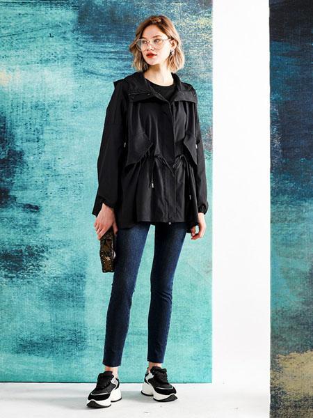 四月初九女装品牌2020秋冬黑色上衣