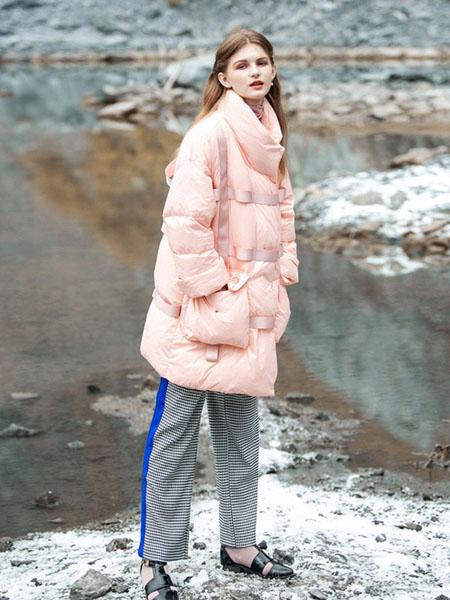 COCOCASA女装品牌2020秋冬粉色长款外套