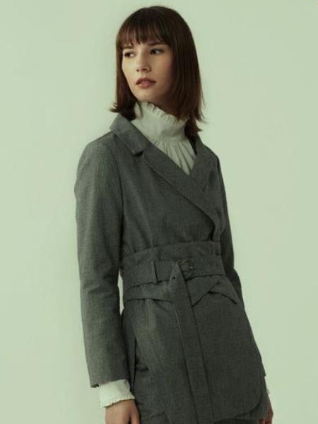 那禾NAHE女装品牌2020秋冬纯灰色大衣