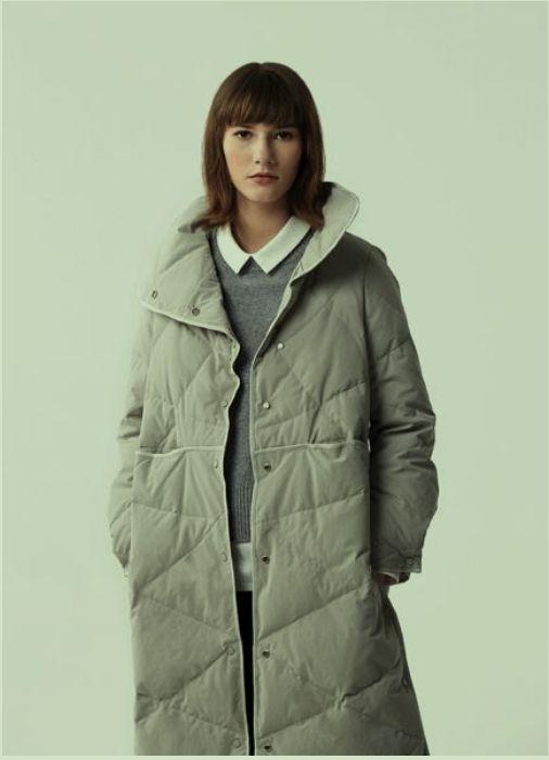 那禾NAHE女装品牌2020秋冬灰色大衣
