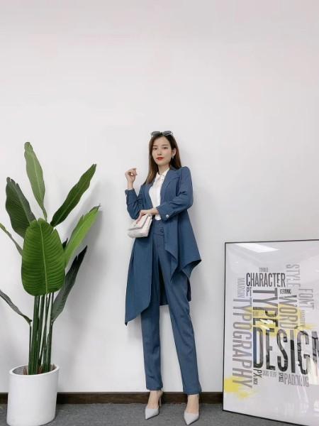 金粉名裳2020秋装新款时尚优雅品牌折扣女装厂家走份货源进货渠道