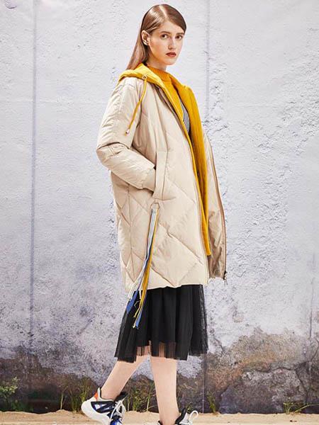 YOSUM衣诗漫女装品牌2020秋冬白色长款羽绒外套