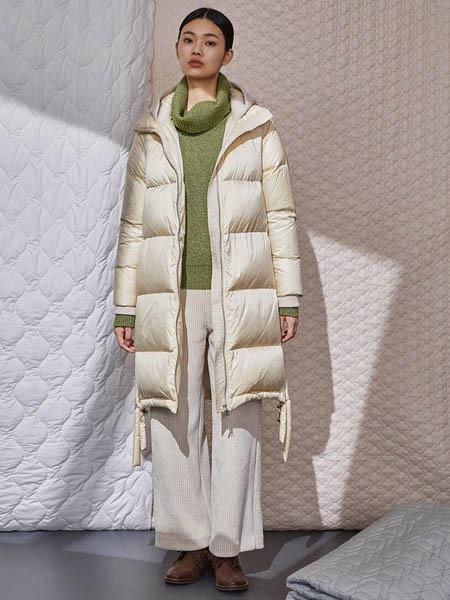 Rhema女装品牌2020秋冬白色羽绒服