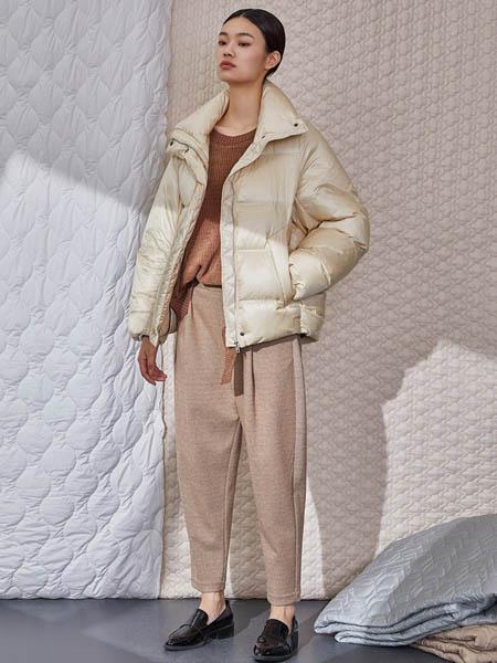Rhema女装品牌2020秋冬短款白色外套