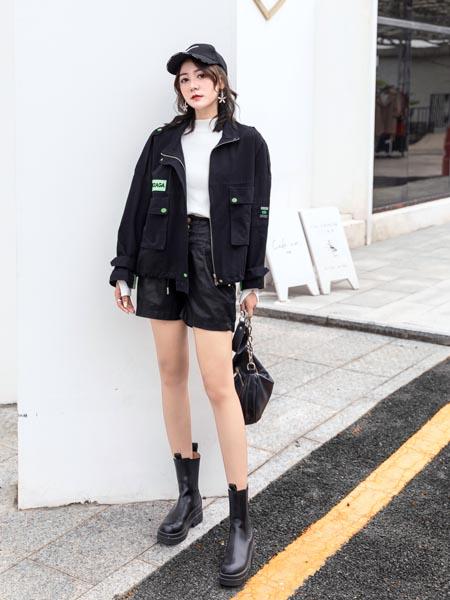 伊芭罗Ebrrlo女装品牌2020秋冬牛仔外套
