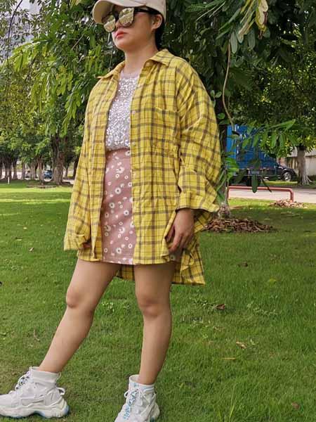 瑶都锦绣女装品牌2020秋冬长款黄色格子衬衫