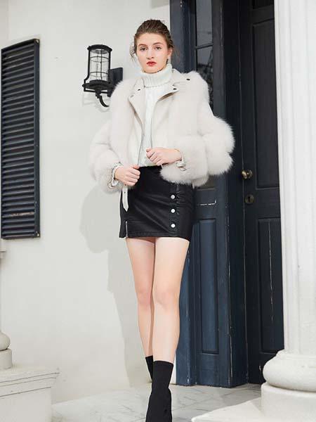 金蝶茜妮女装品牌2020秋冬毛绒外套