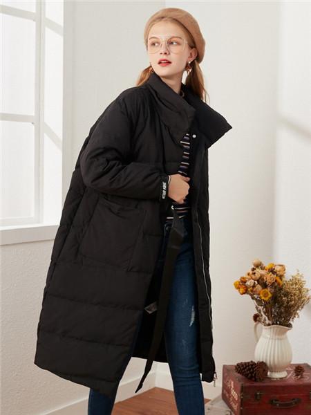 菲妮尔女装品牌2020秋冬时尚黑色长款羽绒外套