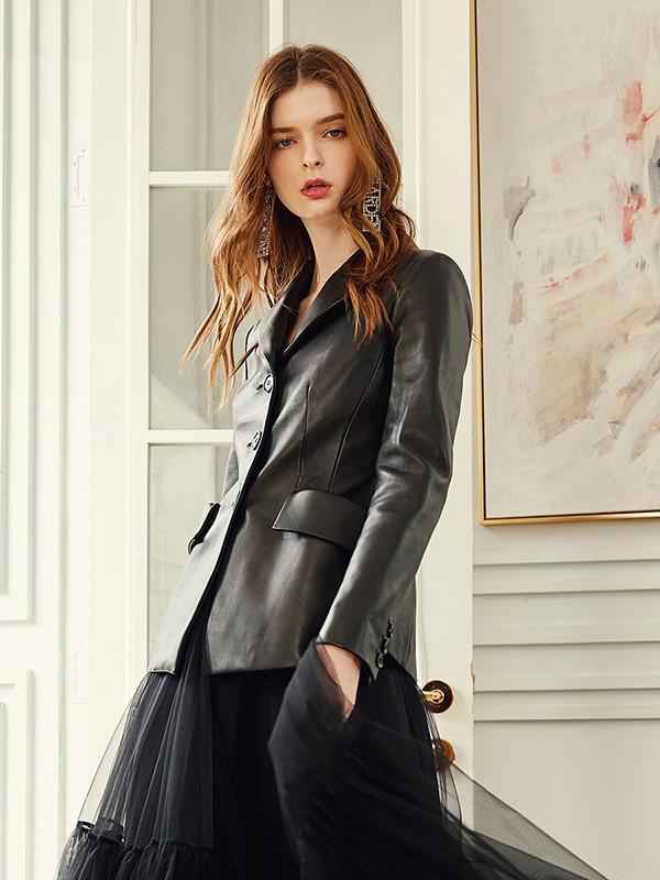 Coven Garden哥文花园女装品牌2020秋冬黑色皮外套
