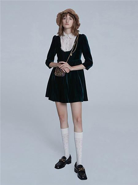 jorya卓雅女装品牌2020秋冬毛呢黑色长袖连衣裙