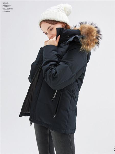 urlazh有兰女装品牌2020秋冬黑色个性羽绒服