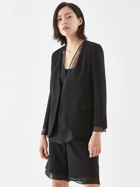 COCOCOZI女装品牌2020秋冬西装外套