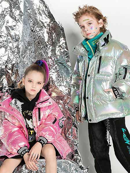 时尚小鱼童装品牌2020秋冬时尚羽绒外套